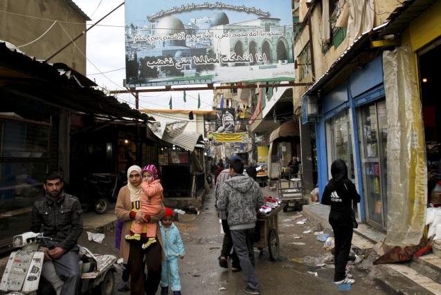 Os campos de refugiados palestinianos no Líbanojá estavam sobrelotados, mas agora as condições deterioraram-se mais com a chegada de milhares de sírios que fogem da guerra civil. © focomediooriente.com