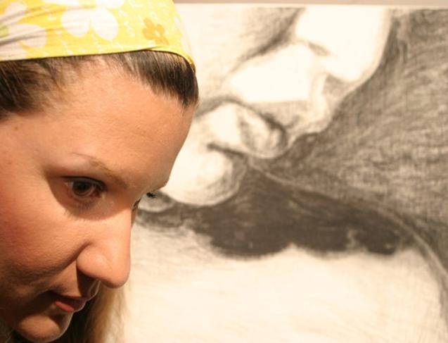 Lia Voyatzi, no seu estúdio, em Nicósia. @DR (Direitos Reservados | All Rights Reserved)
