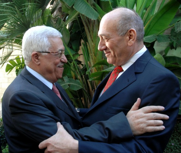 Mahmoud Abbas (Abu Mazen) e Ehud Olmert