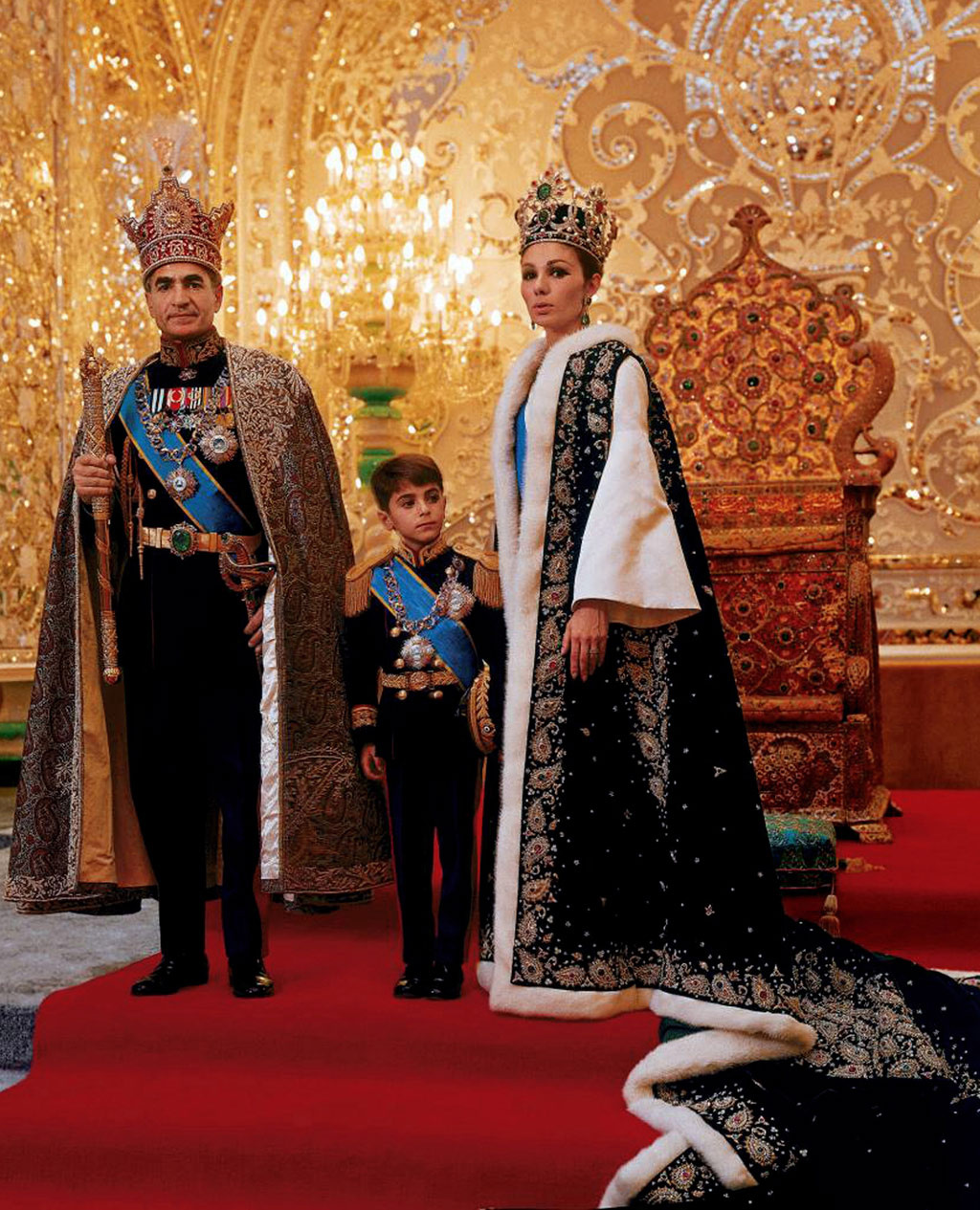 Farah Pahlavi The United States Attempted To Hand Over
