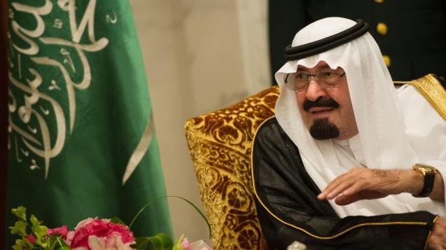 O Rei Abdullah, que Reem Asaad vê como defensor de reformas sociais, políticas e religiosas, o contrário de outros membros da família no poder, criou recentemente uma universidade que tem o seu nome e onde não há, por sua ordem, segregação de sexos. @DR (Direitos Reservados |All Rights Reserved)