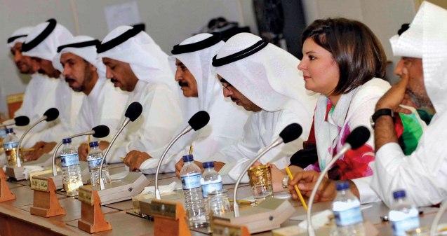 Nas eleições gerais de 2009, no Kuwait, foram eleitas para a Assembleia Nacional, pela primeira vez, 4 mulheres – uma delas Aseel al-Awadi (na foto); o número deputados islamistas foi reduzido a metade © Yasser al-Zayyat | AFP | Getty Images