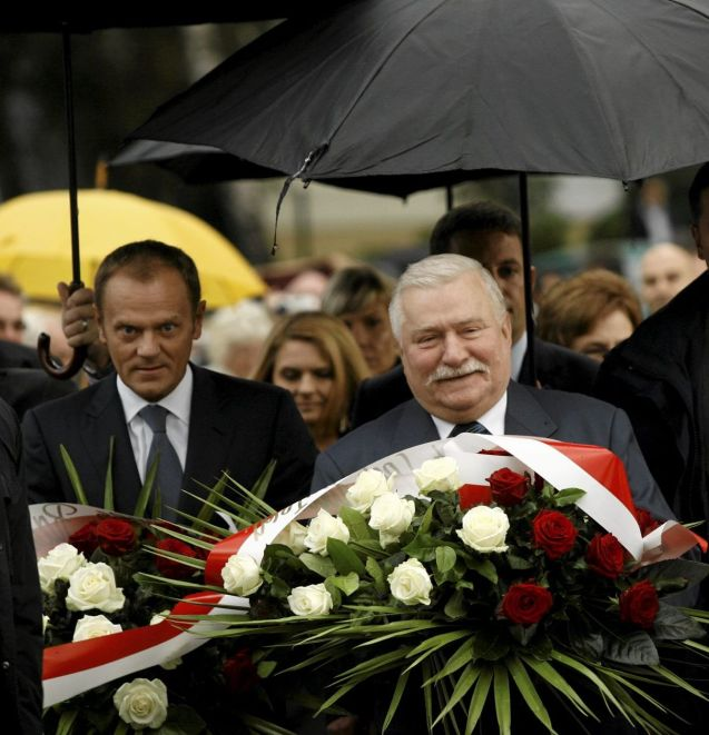 Former Polish President Lech Walesa (right) and Prime Minister Donald Tusk lay a wreath in Gdansk to mark the 30th anniversary of Solidarity on August 29. @