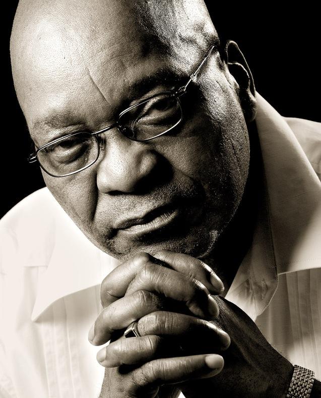 Jacob Zuma, um zuku, sucedeu a Thabo Mbeki, umxhosa (lê-se cosa). @DR (Direitos Reservados | All Rights Reserved)