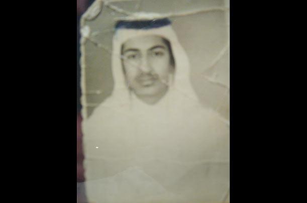 Osama bin Laden, num retrato aos 16 anos, em 1973, um ano antes de se casar com a sua prima Najwa. @Photo Essays - TIME