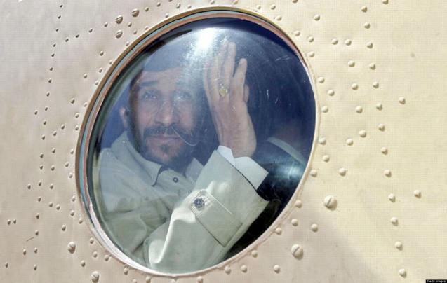 O [antigo] Presidente Ahmadinejad é um antigo oficial pasdar, tal como a maior parte dos membros do seu Governo e do anterior Parlamento, numerosos governadores e outros responsáveis administrativos. © AFP | Getty Images