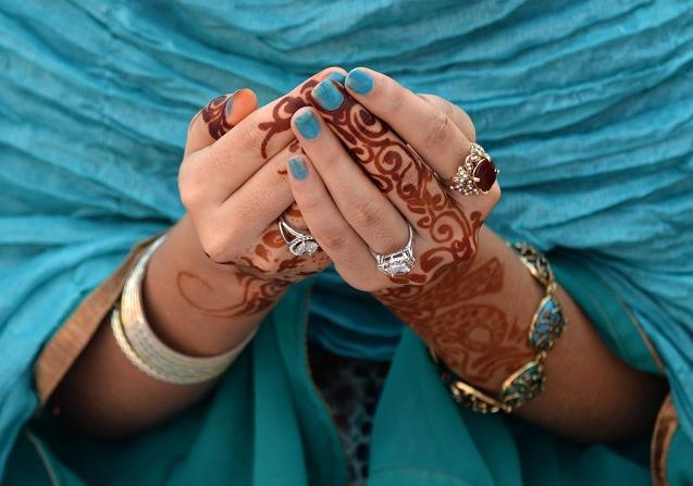 Orações no Eid al-Adha (Festival ou Festa do Sacrifício) numa mesquita do Paquistão - um dos países de onde provém uma grande parte da comunidade muçulmana no Reino Unido. @Arif Alli | AFP