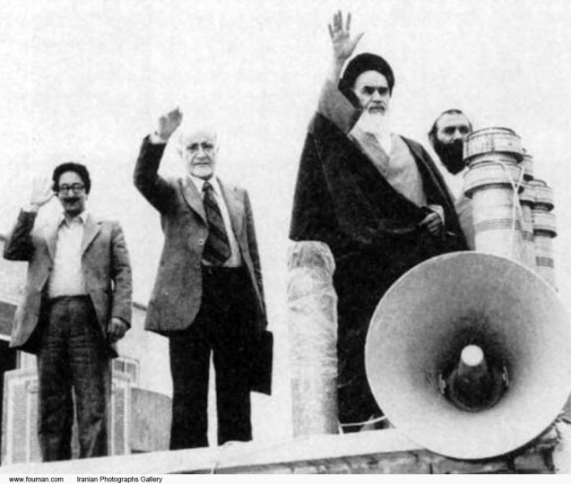 Left to right: Iranian political figures Abolhassan Banisadr, Mehdi Bazargan and Ruhollah Khomeini in early 1979. Bazargan was the interim Prime Minister after the Iranian Revolution. Banisadr became the first elected President of the Islamic Republic @DR
