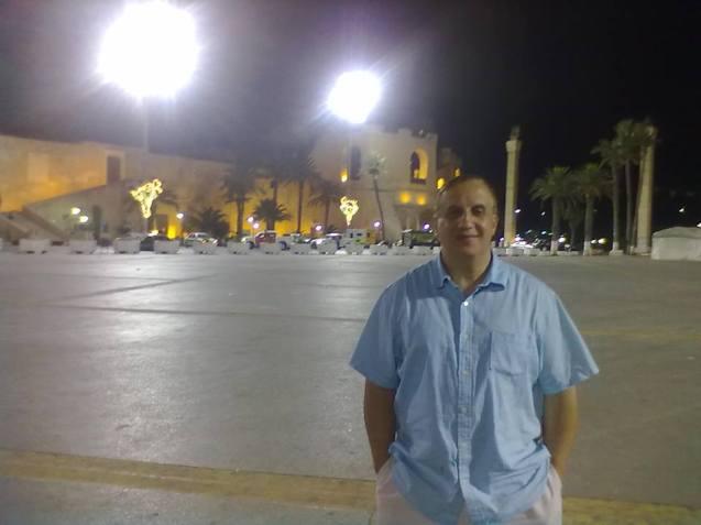 Adel Mekraz, numa foto tirada na Praça dos Mártires, em Trípoli, em Julho de 2012. @DR (Direitos Reservados | All Rights Reserved)