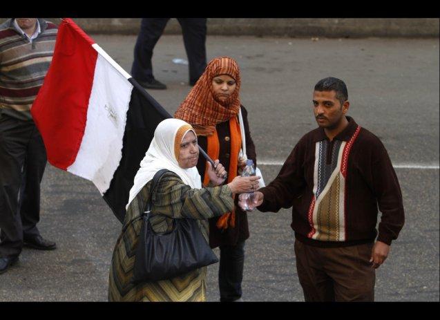Os egípicos saíram à rua para exigir a queda de Hosni Mubarak, em janeiro de 2011, e desde então o país tem vivido em convulsão permanente. @DR