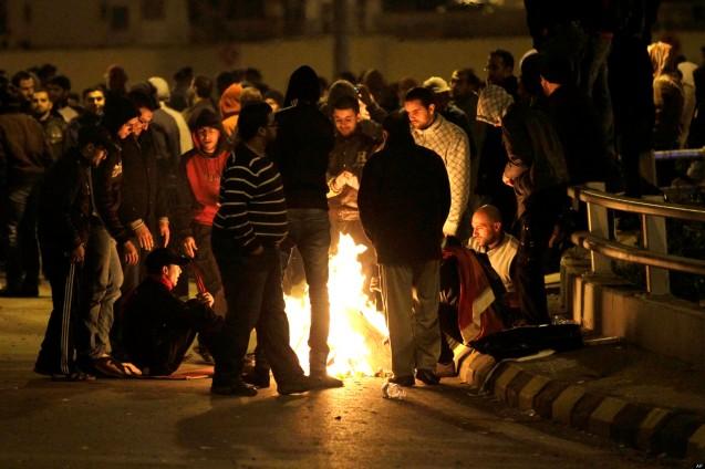 Até agora Abdullah II tem conseguido manter o reino Hashemita mais ou menos sereno, mas em 2012 não escapou a uma vaga de protestos contra os aumentos dos combustíveis (gasolina, querosene, diesel e gás de cozinha). Entre as forças políticas jordanas que mais tentaram capitalizar com a violência nas ruas estava a Irmandade Muçulmana. @DR (Direitos Reservados | All Rights Reserved)