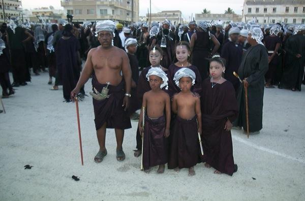 Uma família de Dhofaris. @DR (Direitos Reservados | All Rights Reserved)