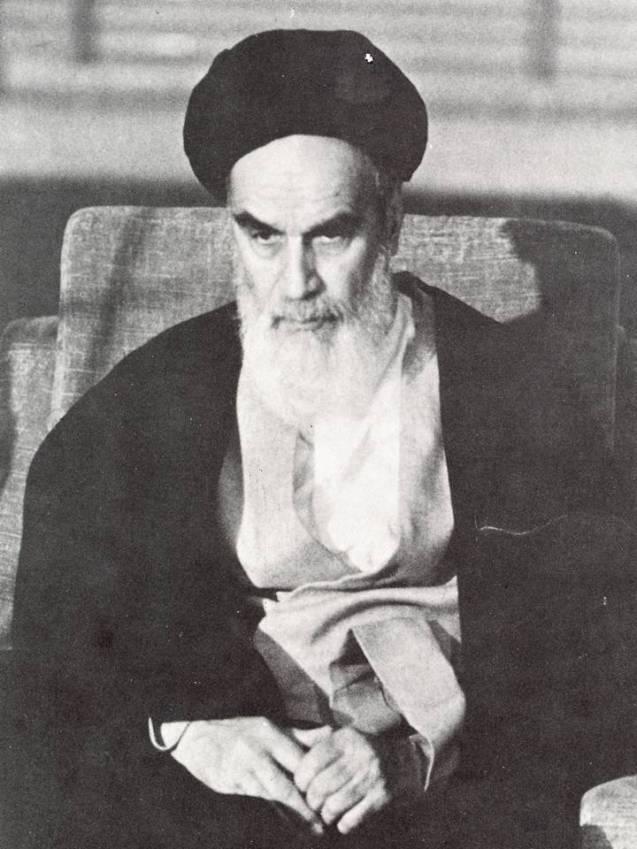 Khomeini, o grande inimigo da dinastia Pahlavi que, em 1979, instaurou derrubou a monarquia. A Operação Ajax, crê Stephen Kinzer, acelerou a ascensão de um regime de Mullahs. @DR (Direitos Reservados| All Rights Reserved)