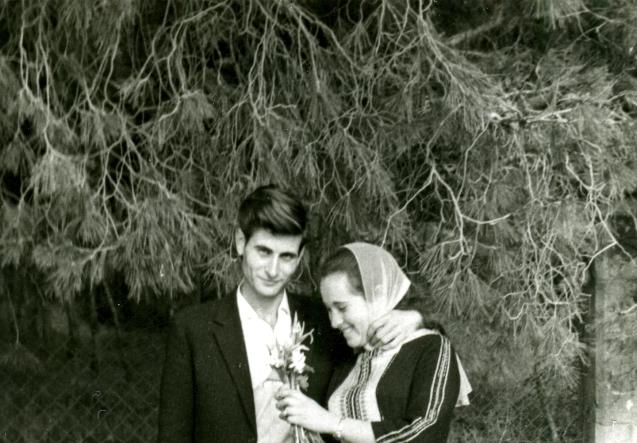Mahmoud Darwish e a sua namorada judia. Tamar Ben Ami © Courtesy of Ibtisam Mara'ana Menuhim