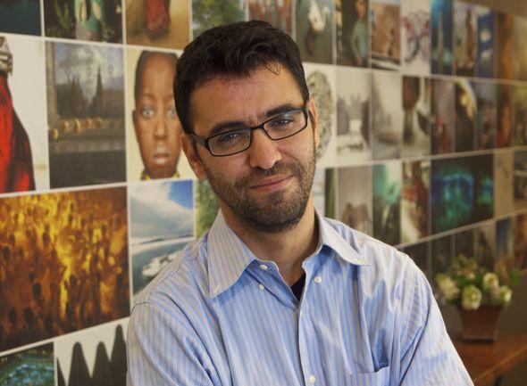 Aziz Abu Sarah © Direitos Reservados   All Rights Reserved