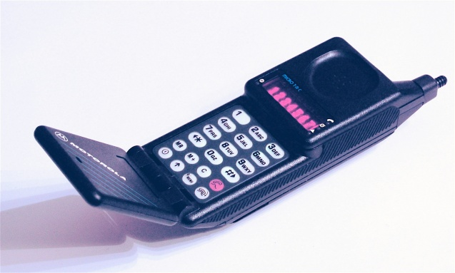 The Motorola MicroTAC was the cellular phone first manufactured as an analog version in 1989 ©