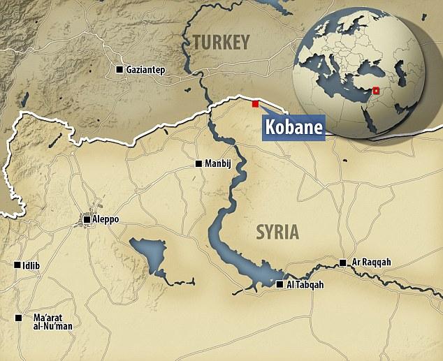 Mapa onde se pode ver a cidade estratégica de Kobane, na fronteira da Síri com a Turquia. ©dailymail.co.uk