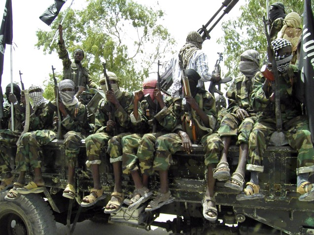 Terroristas do Boko Haram celebram depois de mais um dos seus ataques sangrento. © dailypost.ng