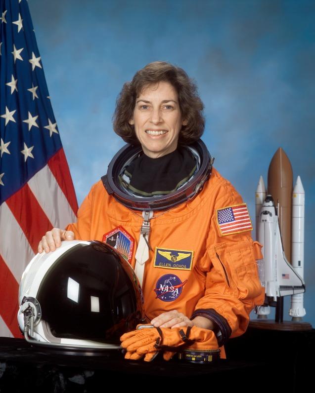 O ídolo de Soha é a directora do Johnson Space Center e antiga astronauta, Ellen Ochoa © NASA
