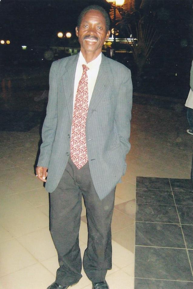 Domingos José da Gama, um dos membros da Assembleia Espiritual Bahá'í em Luanda. © Direitos Reservados | All Rights Reserved