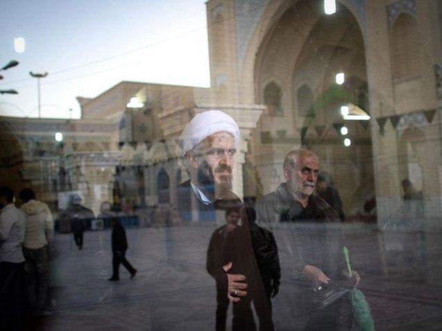 Dia das eleições, 26 de Fevereiro, em Teerão © The Independent